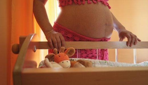 妊娠線の予防やケアの実践、市販品でも効果あり!?